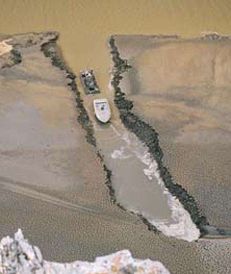 SD110_dredging_Missouri_River_10