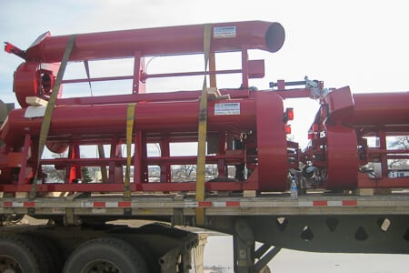Short Hitch trailer pumps on truck