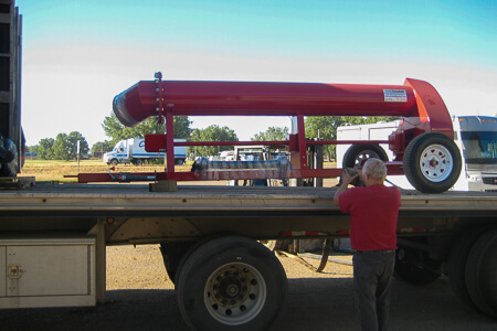 Short Hitch trailer pump being loaded