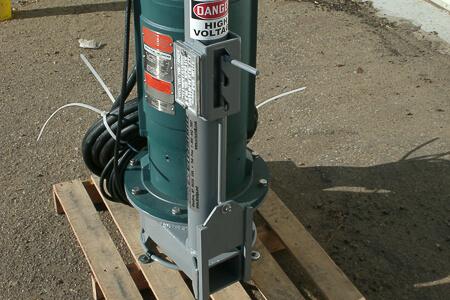 Submersible electric slurry pump